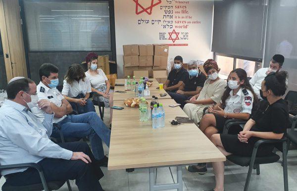 """מנכ""""ל רשות השירות הלאומי-אזרחי ביקר במגן דוד אדום"""